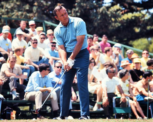画像: アーノルド・パーマーは、1955年から2004年の50回「マスターズ」に出場し、1958年、1960年、1962年、1964年の4度王者に輝いている