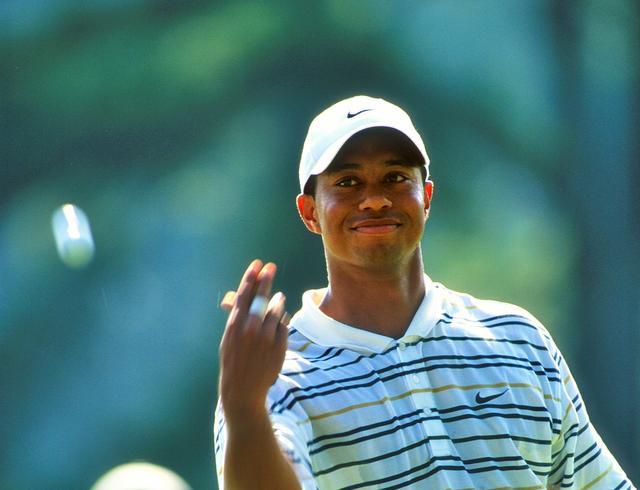 画像: 「B」のマークのタイガーです⁉︎ ブリヂストンとボール契約 - みんなのゴルフダイジェスト