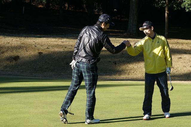 画像: ダブルスの醍醐味! 冬の超難グリーンを「夫婦ゴルファー」が制す【SC選手権ダブルス】 - みんなのゴルフダイジェスト