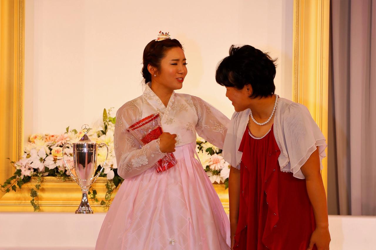 画像: 女王イ・ボミからルーキー畑岡奈紗へ。賞金女王の「贈る言葉」 - みんなのゴルフダイジェスト