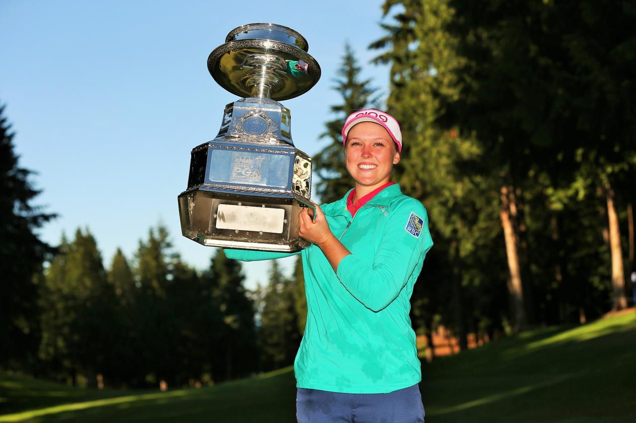画像: 2016年「KPMG女子PGA選手権」でヘンダーソンはメジャー初制覇を果たした