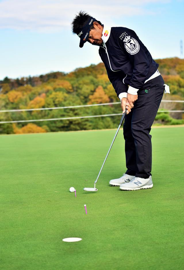 画像: ボールがある位置から10センチ~50センチのところにスパットを設定し、そこに打ち出す