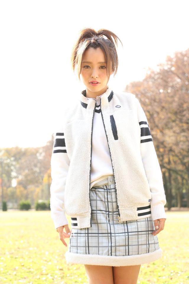 画像: 「好きなゴルファーは金田久美子プロ」と言うだけあって、コーデもオシャレ