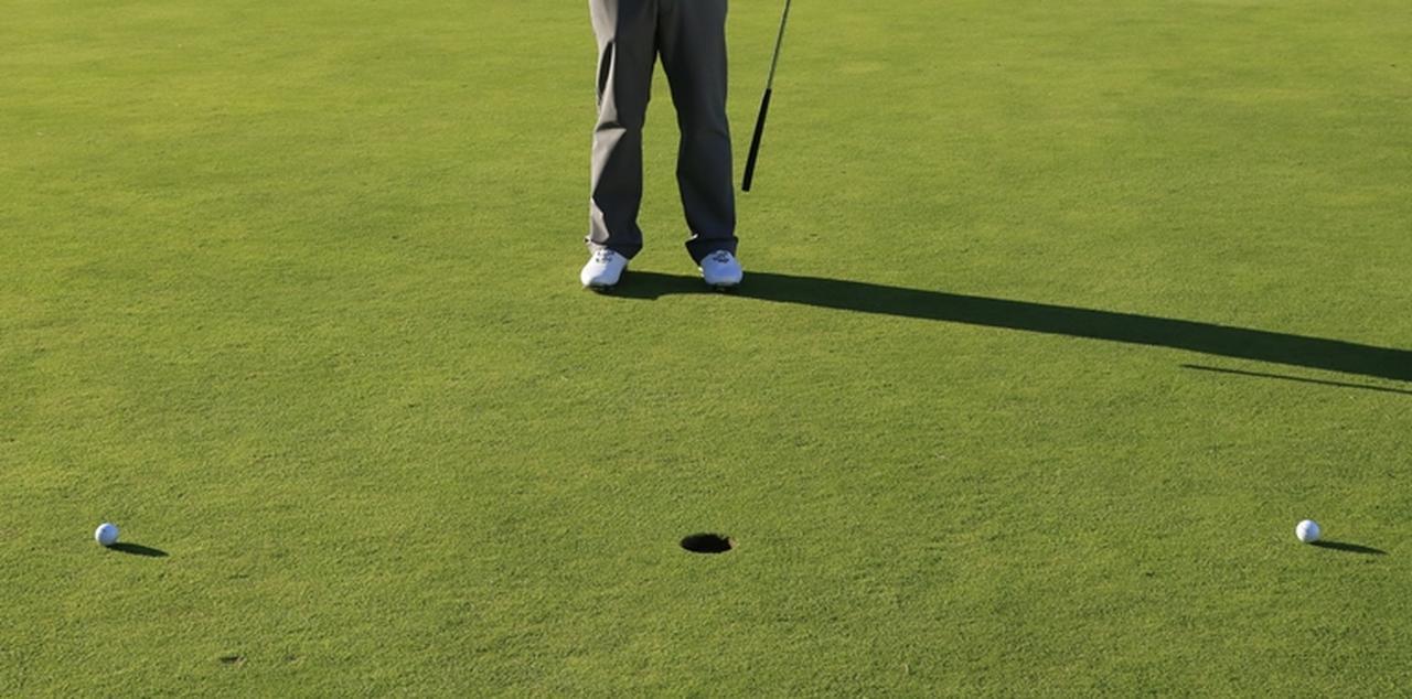 画像: ショートパットは「170センチオーバー」が入れるコツ【濵部教授のパットの授業】 - みんなのゴルフダイジェスト