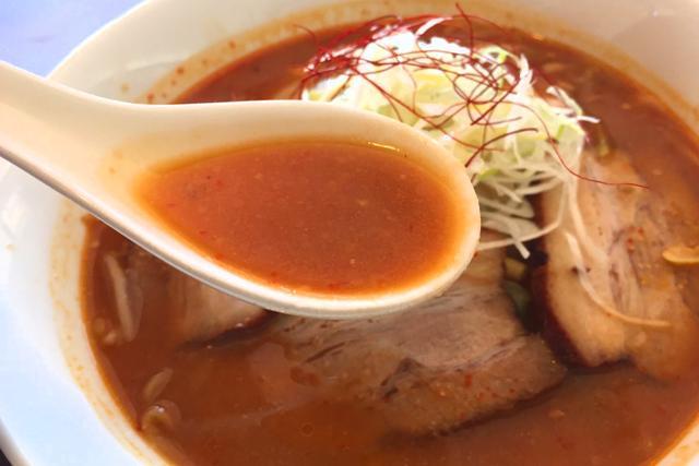 画像: 味噌スープの香ばしさに甘さが加わる