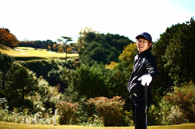 画像: 「今年のゴルフの目標はコンスタントに80台で回れるようになること!」(川越)