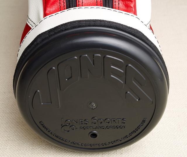 画像: タイガー・ウッズが学生時代に愛用していた「ジョーンズ」って一体どんなキャディバッグ?