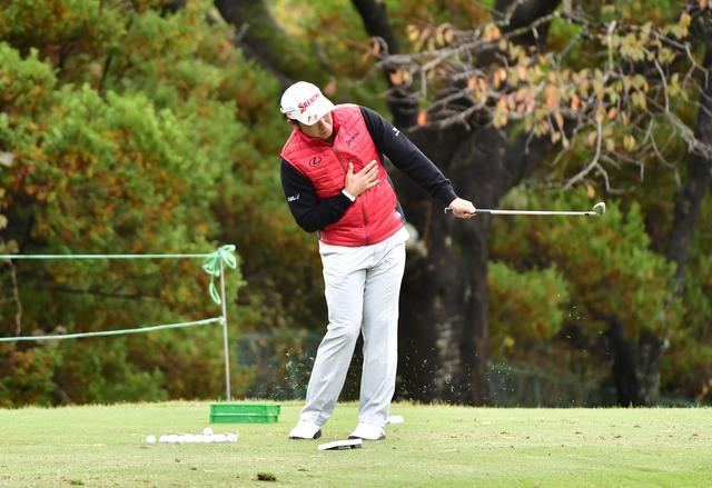 """画像: ドライバーはたったの「5球」。松山英樹、スタート前の""""180球"""" - みんなのゴルフダイジェスト"""