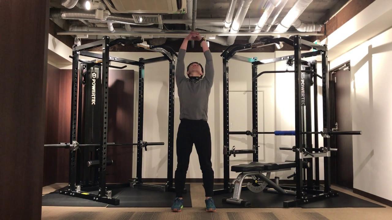 画像: 【簡単ゴルフストレッチ】胸と脇を伸ばすストレッチ www.youtube.com