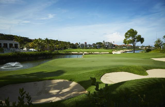 """画像: 「アジアのベスト5コース」でプレーしてみない? 南洋の宝石""""バリナショナルGC"""" - みんなのゴルフダイジェスト"""