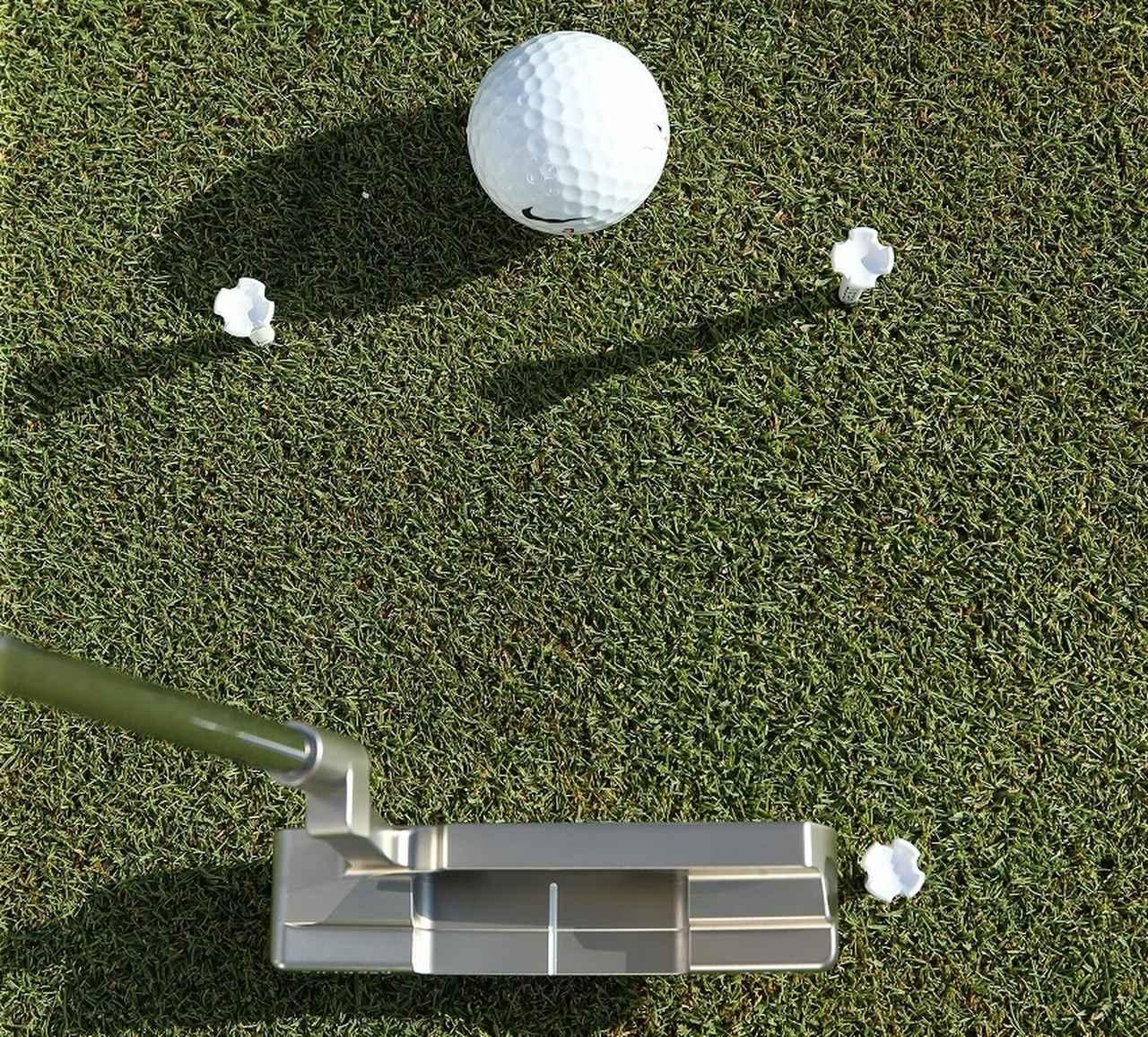 画像: ショートパットを決めるには始動の「15センチ」が大事です - みんなのゴルフダイジェスト