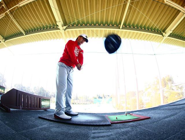 画像: 飛ばしたいならヘッドは「外」に上げるのが正解!鈴木亨の飛ばしのヒント - みんなのゴルフダイジェスト