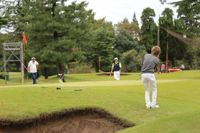 画像: 昨年の10月に北谷津ゴルフガーデンで開催された決勝大会の模様