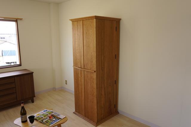 画像: 扉を閉じるとこんな感じだ
