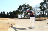 画像: FWバンカーからナイスオン! 1打で乗せちゃう「3ステップ」 - みんなのゴルフダイジェスト