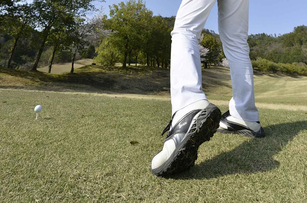 画像: ヒールアップで飛距離アップ! 話題の「地面反力打法」を身につけよう - みんなのゴルフダイジェスト