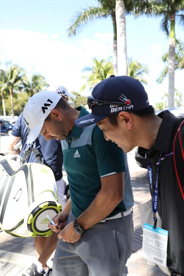 画像: S・ガルシア本人直筆のサインをもらいました