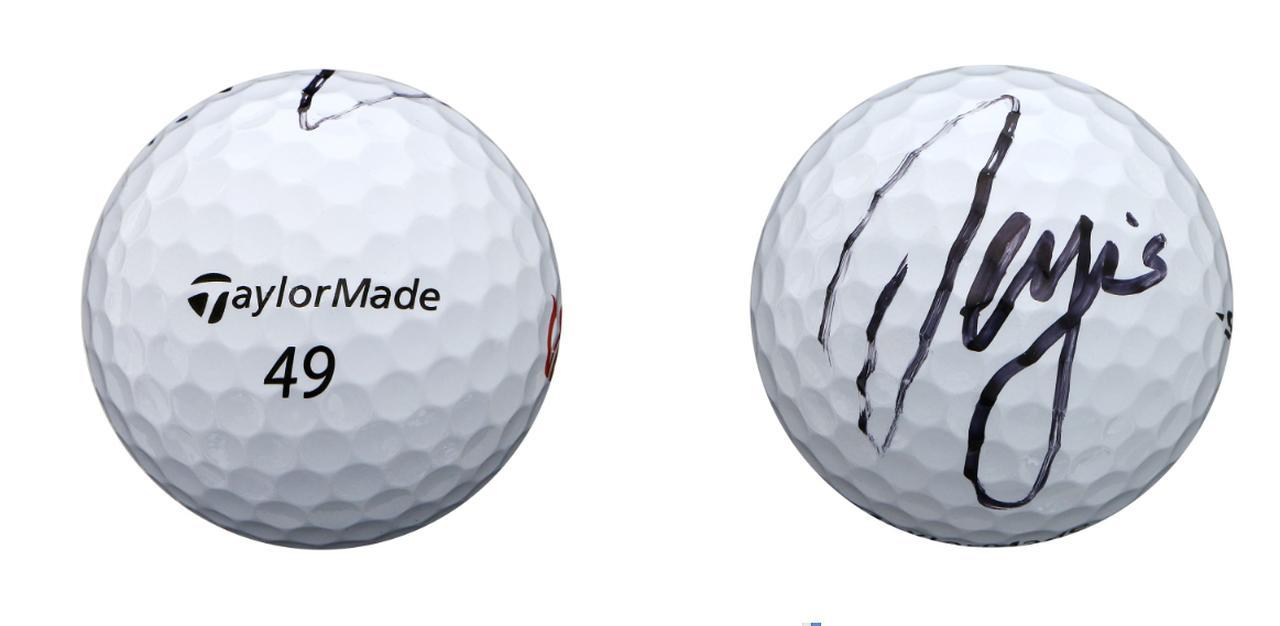 画像: ボールナンバーは「49」。テーラーメイドTP5に直筆のサイン入りボール