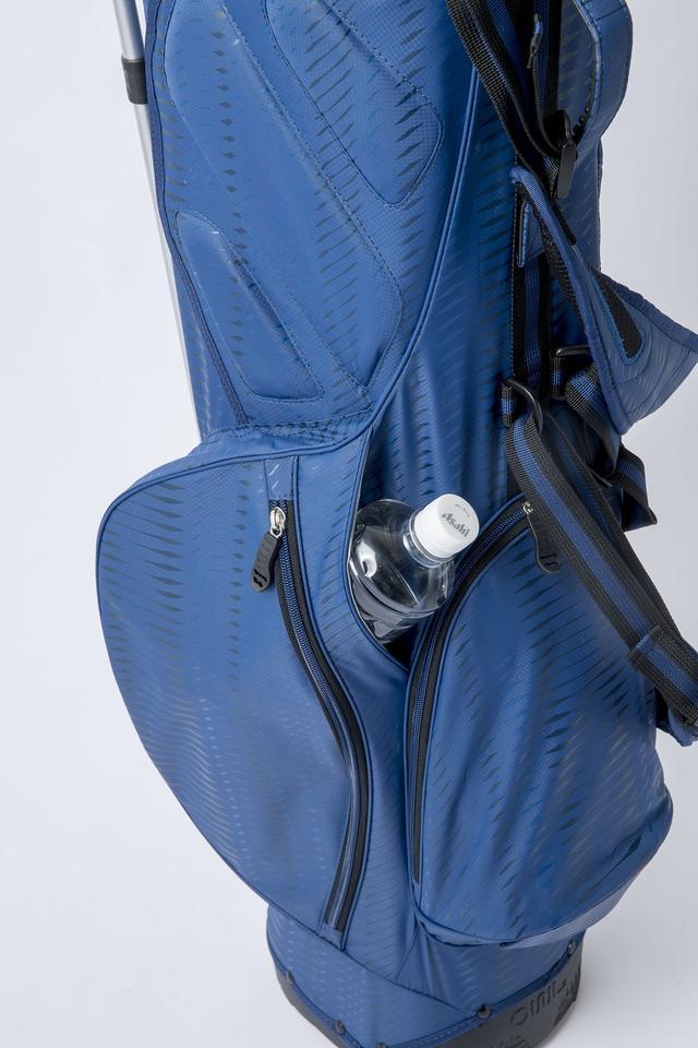 画像: 3つのポケットは容量◎。傘挿しも嬉しいポイントだ