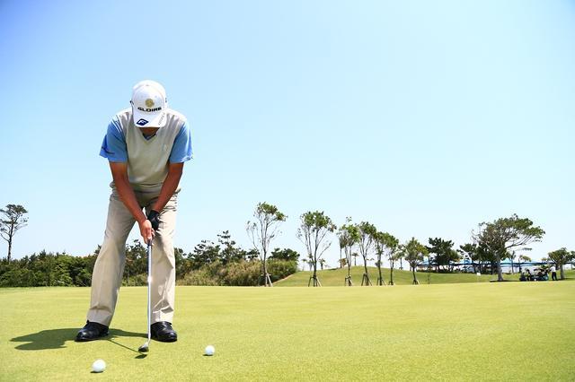 画像: 「狙ったラインに対してフェースを直角に動かす。それさえできればタッチに集中できる」