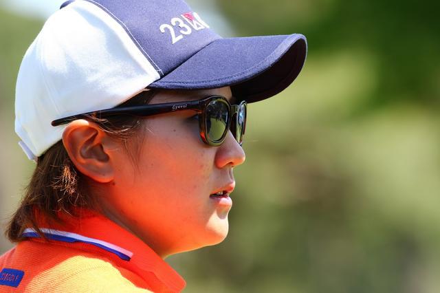 画像: 成田美寿々プロもオシャレなサングラスでした!