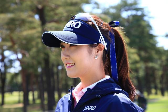 画像: これは流行の兆し!? 韓国女子プロの「ポニーテールとリボン」 - みんなのゴルフダイジェスト