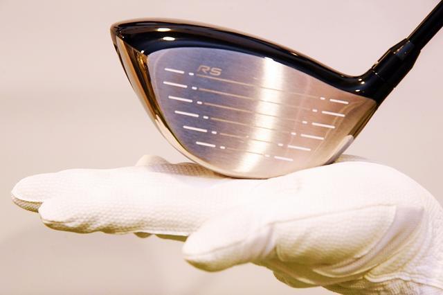 画像: ライ角は59度。「RS-F」に比べるとアップライトで、ボールがつかまりやすい