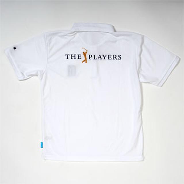 画像: 「ザ・プレーヤーズ選手権」シンプルな1枚は着こなし自由自在。左胸にはPGAワッペン付