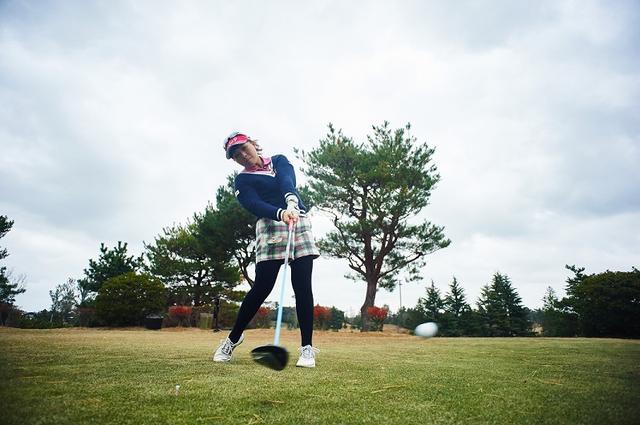 画像: 祝・初優勝! 青木瀬令奈を飛ばし屋にした「プラス30ヤード」レッスン - みんなのゴルフダイジェスト