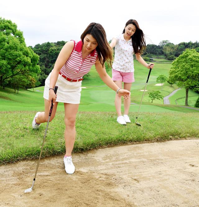 画像: 【ルールQ】バンカーでクラブを杖がわりに使っちゃった! - みんなのゴルフダイジェスト