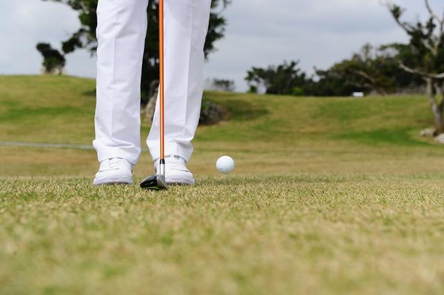 画像: 5ヤードを寄せるなら「UT」がいい!? 浮かせて転がしピタッと寄せる - みんなのゴルフダイジェスト
