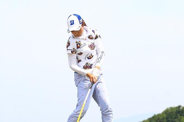 画像: 西山ゆかりが教えてくれた。ナイスショットが打ちたいなら、「ひじ」は曲がっていいんです! - みんなのゴルフダイジェスト