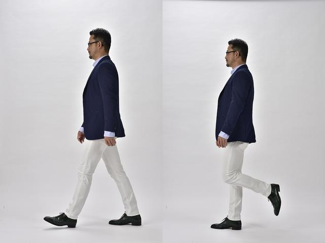 画像: まず片足を後ろに上げ、前に振り出しながらその足に乗り込み、次にもう片方の足を後ろに上げる