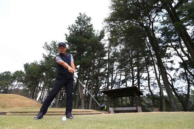 """画像: インパクトは「20センチ先」が正解! パワーをボールに""""全部乗せ""""で飛ばそう - みんなのゴルフダイジェスト"""