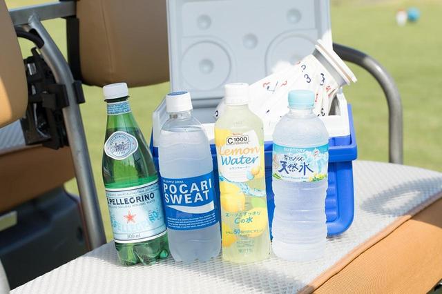 画像: 熱中症は「飲み分け」で防ぐ! ゴルファーのための水分補給講座 - みんなのゴルフダイジェスト