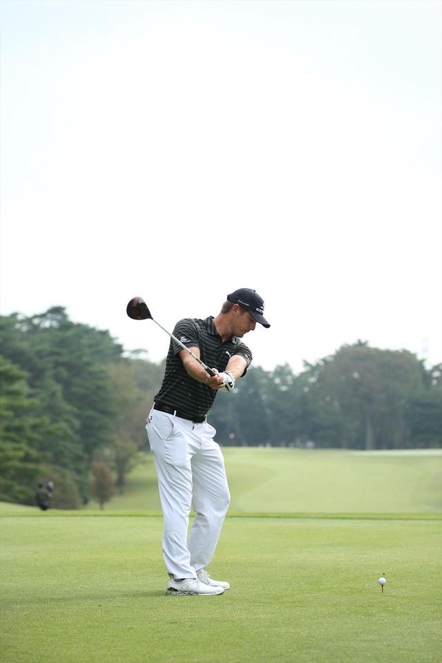 """画像4: ついに勝った「ゴルフの科学者」デシャンボーの""""マシン打ち""""【勝者のスウィング】"""