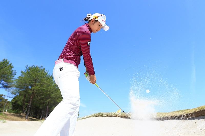 画像: 見えますか? 砂のリング。これがナイスアウトの証!