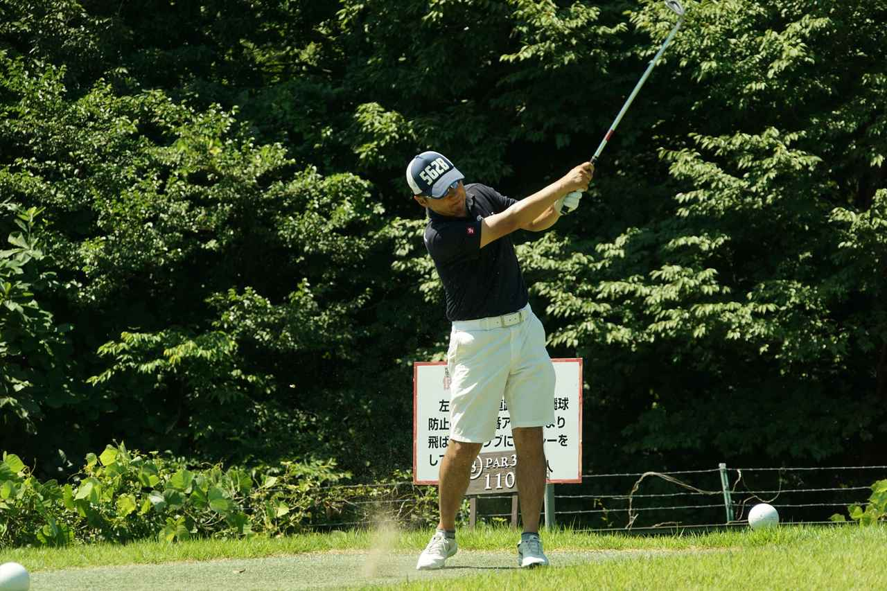 画像: ゴルフバカイラストレーターの野村タケオさん