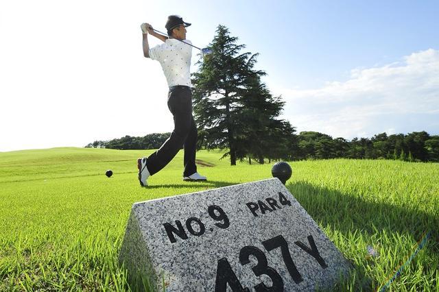 """画像: 夏ゴルフは""""後半勝負""""。バック9で崩れないドライバー術 - みんなのゴルフダイジェスト"""