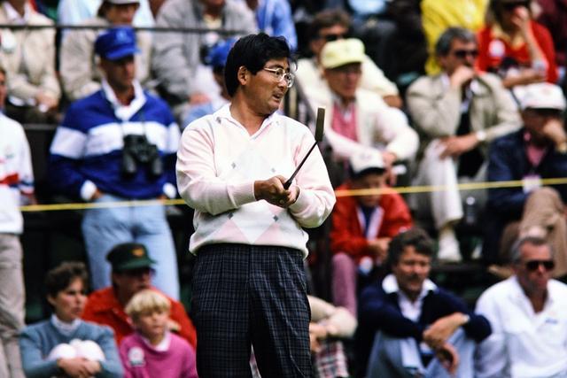 画像: 中嶋常幸も首位に立った一人。1987年全米オープンでは3日目の15番まで首位にいたがその後離脱。後のインタビューで「アメリカの上がり3ホールの難易度はかなり厳しい」と語った。また、1978年全英オープンで最終日16番ホールで首位に立ったが17番ホールのバンカーで4打を要し、優勝争いから離脱した(写真:1987年全米オープン)