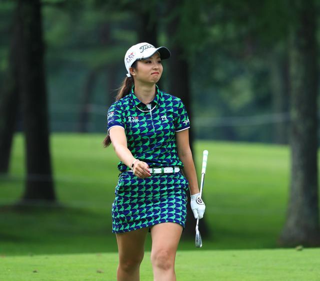 画像: あのレジェンドもやっている! 「エリカ様」の打ったらすぐに歩く動きを僕らが真似するべき理由 - みんなのゴルフダイジェスト