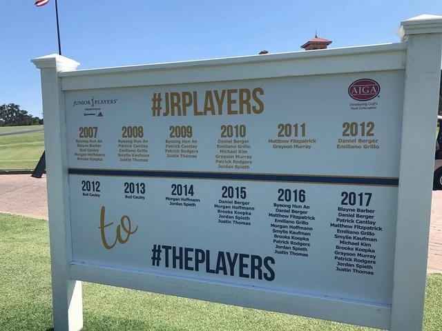 画像: 写真をよ〜くみると、現在PGAツアーで活躍している選手の名前がゴロゴロ!