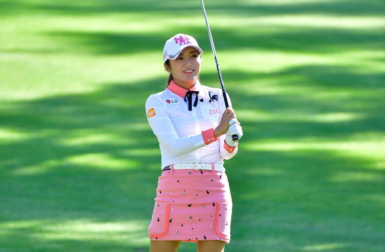 画像: あなたはどのウェアが好み? 女子プロ秋のファッションチェック!【日本女子プロ編】 - みんなのゴルフダイジェスト