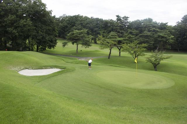 画像1: 中村寅吉設計の難易度特Aの丘陵コース