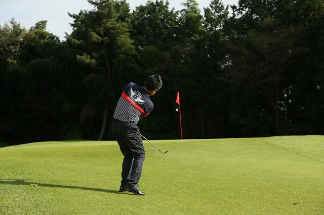 画像: 「15度」でオッケー! サンドウェッジのフェースを開いてアプローチ名人を目指そう!【週刊ゴルフダイジェスト注目記事】 - みんなのゴルフダイジェスト