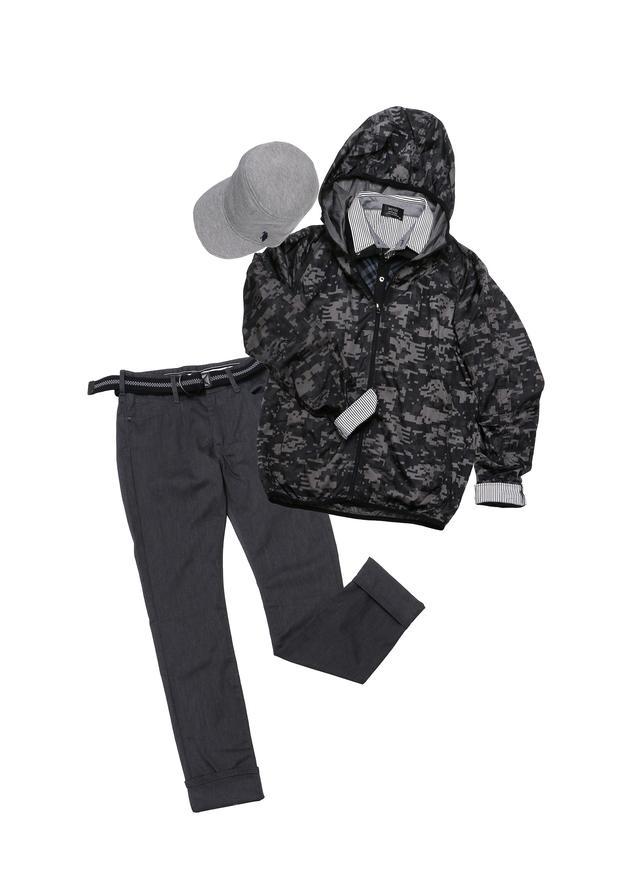画像: ベルト付きパンツ、ストレッチ性のあるシャツ、ポケッタブルアウター、キャップで5880円!