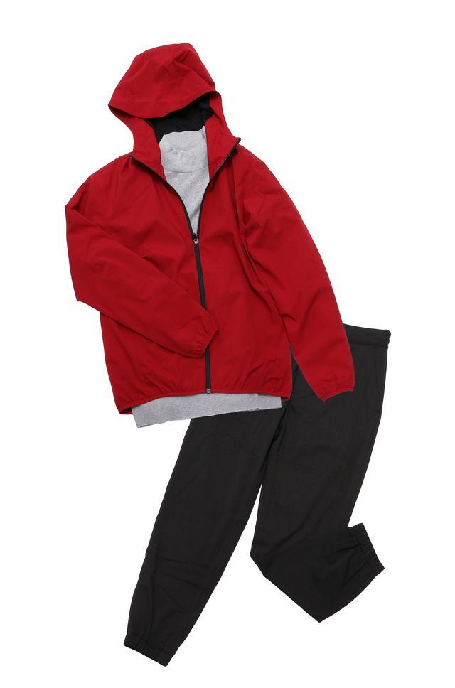 画像: ハイネックセーター、ジョガーパンツ、シェルパーカーで5365円!
