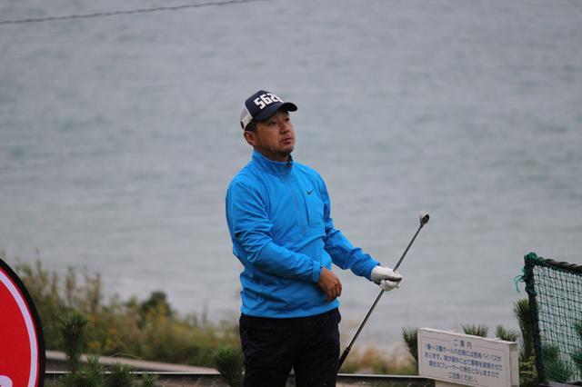 画像: 決勝大会への最後のチャンスに挑む「ゴルフバカイラストレーター野村タケオさん」