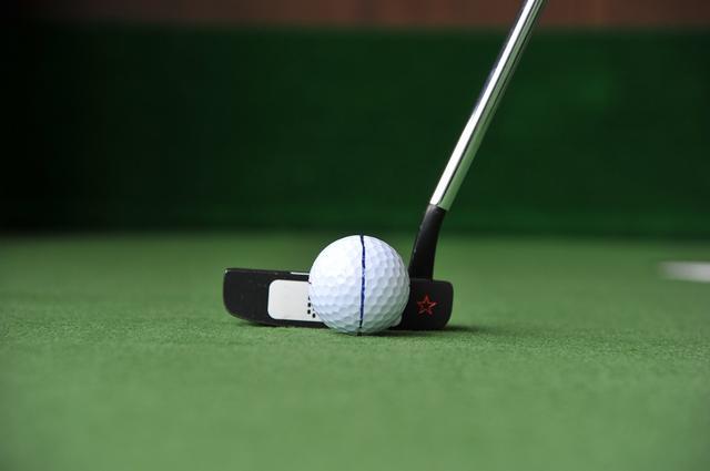 """画像: パットの距離感は""""リズムとテンポ""""で合わせよう【入っちゃう!パットの法則 #10】 - みんなのゴルフダイジェスト"""