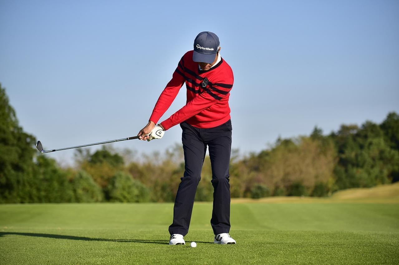 画像: 30、40、50ヤードの距離感は「フォローのデカさ」で身につける!【週刊ゴルフダイジェスト注目記事】 - みんなのゴルフダイジェスト